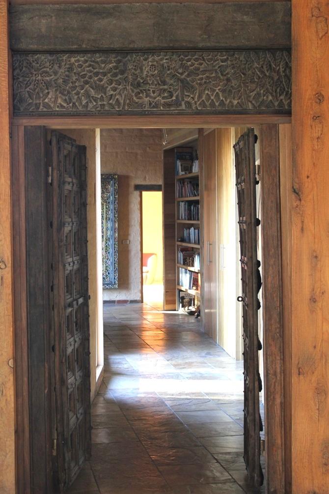 Doorway2_s