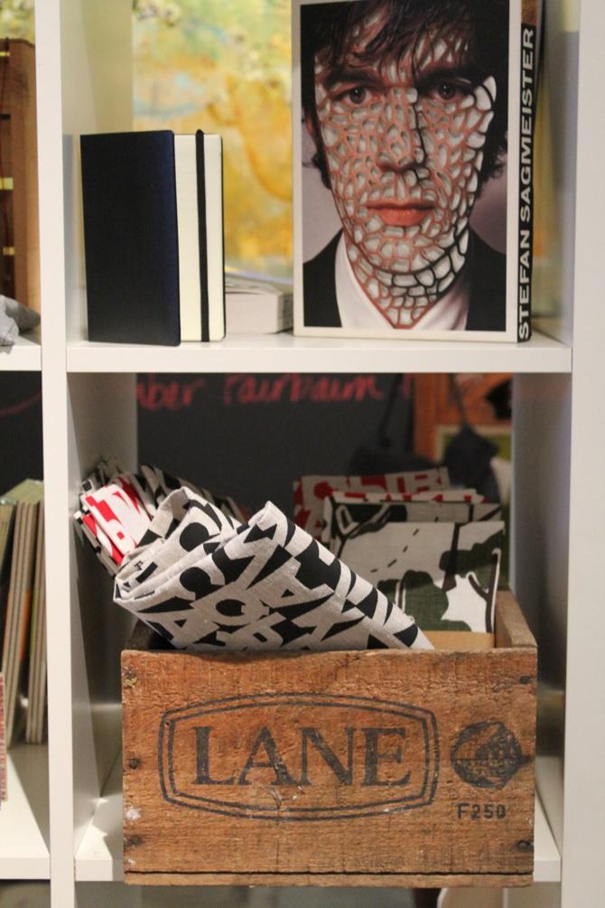 Artist_Lounge_merchandise_s